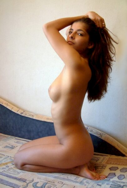 coquine sexy domina pour gars qui obéit