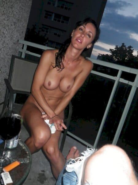 Femme coquine recherche son amant pour un plan sexe sur Béziers