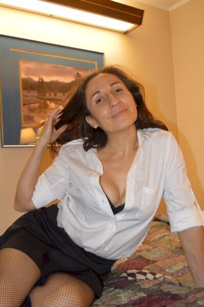 Femme sexy recherche son amant sur Angers pour du plan cul